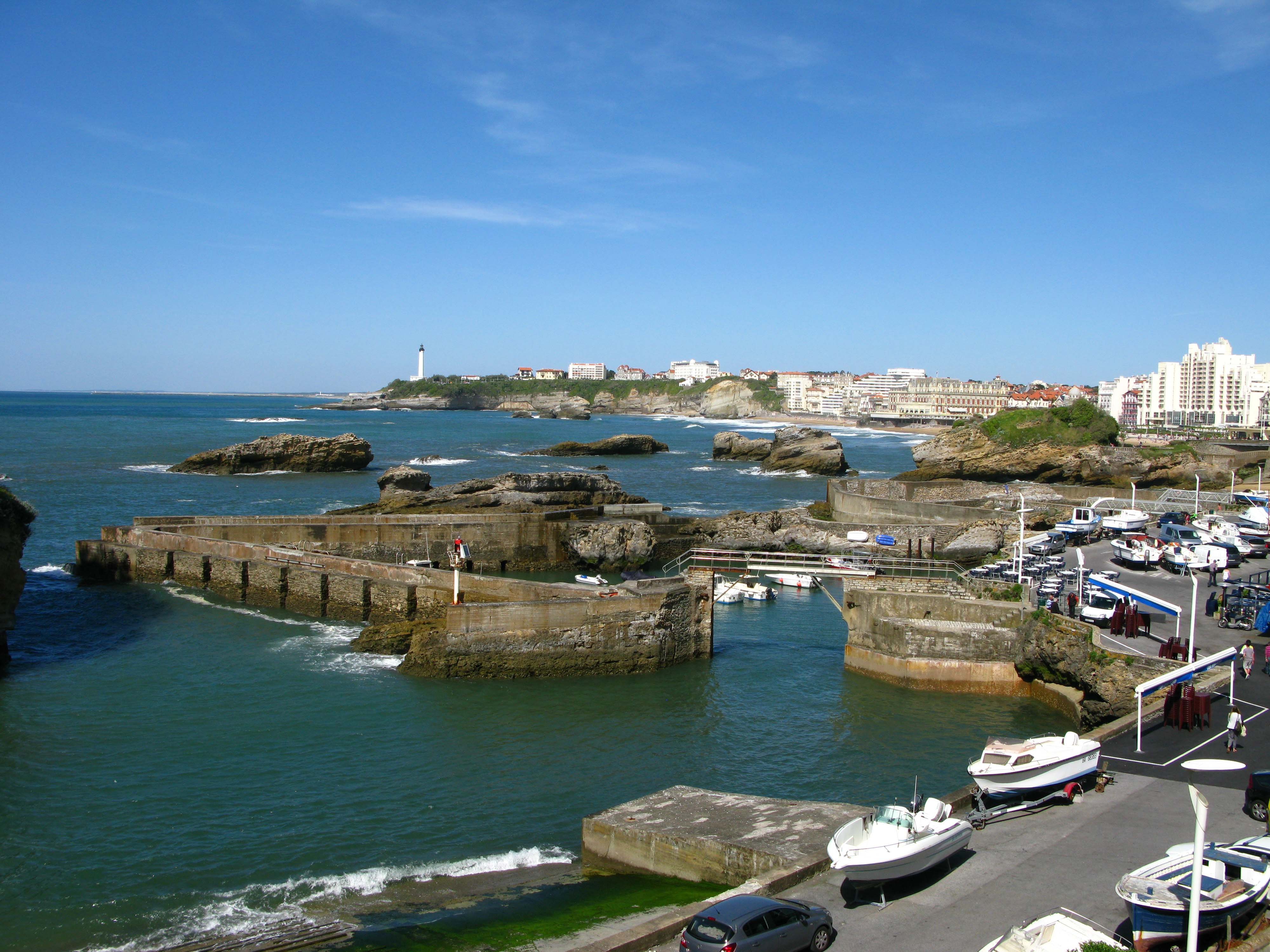 English and Surfing Course in Biarritz